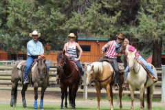 About-Brian-family-saddled-up-for-Photos